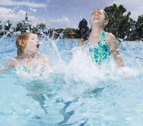 Nebezpečí číhá v bazénu - chlor
